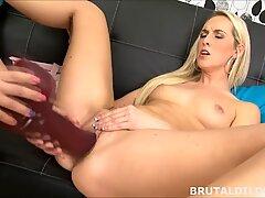 Blonde screwing her platinum-blonde girlfriend with 2 massive brutal dildos in HD