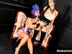 Rubbery Dom, RubberDoll & Idelsy, Pleasure Their Wet Pussies