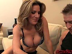 Gorgeous cougar Kayla takes thickest white Cock!
